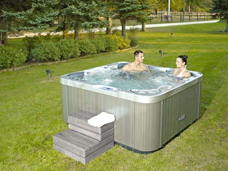 la marque de spa wellis maison et spa. Black Bedroom Furniture Sets. Home Design Ideas